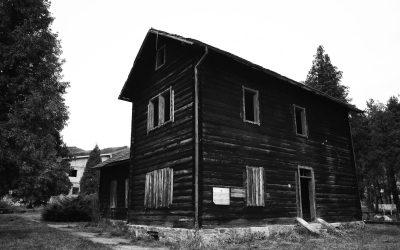 Black House, Vitez